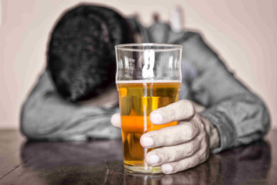 alcohol addiction, alcoholism signs, treatment center